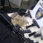 Denarc de Mossoró prende dupla com fuzil e pistolas