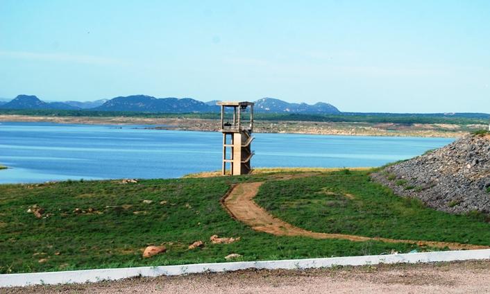 Resultado de imagem para barragem armando ribeiro voltou a aumentar de volume