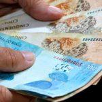 Governo paga R$ 4 mil a servidores que recebem acima de R$ 4 mil