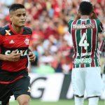 Flamengo vence o Fluminense no primeiro jogo da final do Carioca