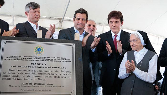 96739689d6f9a Governador Robinson Faria participou de inauguração do viaduto de Emaús em  Natal