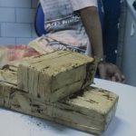 PRF aborda veículo e prendendo passageiro por tráfico de drogas