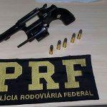 PRF prende condutor por embriaguez e porte ilegal de arma