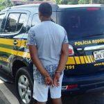 Estuprador tenta fugir correndo a pé e PRF usa bicicleta para prendê-lo
