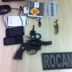 Dupla é presa com arma e carro roubado em São Gonçalo do Amarante
