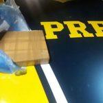 PRF apreende cocaína e prende dois na BR 101