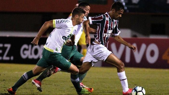 Fluminense passa pela Chapecoense e sobe na tabela Foto Lucas Merçon  Fluminense FC 4165580694cf0